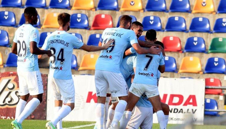 'Riga' spēlē pret 'Metta' atgūst Latvijas futbola virslīgas līdera pozīciju