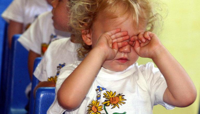Špikeris ar jautājumiem, kas palīdzēs uzzināt tava mazuļa dienas gājumu bērnudārzā