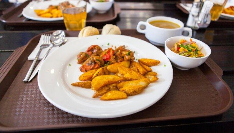 Atrasts Rīgas centrā: ēstuves, kur papusdienot par 4 eiro
