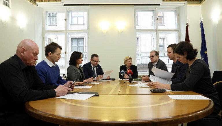 CVK mediķu iniciatīvu parakstu vākšanai Seimas atsaukšanai pievieno esošajai