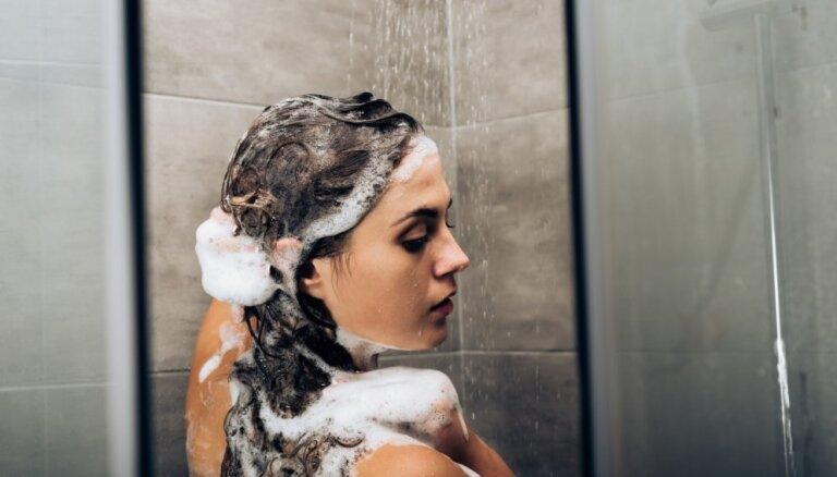 Эксперты объяснили, почему не нужно мыть волосы каждый день