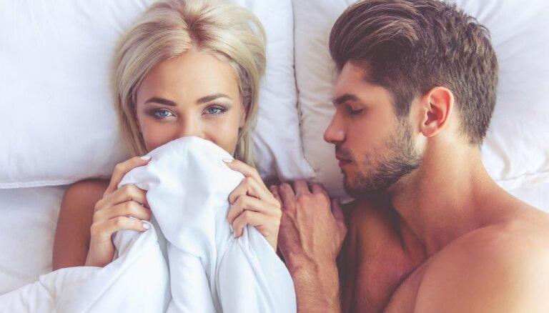 Pieci iemesli, kāpēc ir labi gulēt kailam