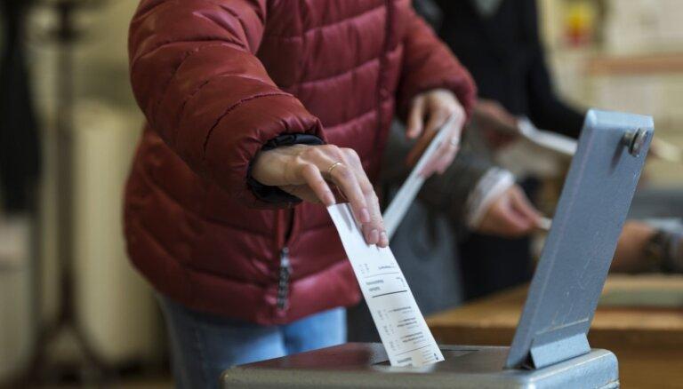 Šveicē februārī notiks referendums par homofobijas kriminalizēšanu