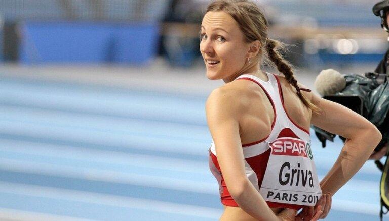 Pirms pasaules čempionāta pietrūka divu treniņu nedēļu, norāda Lauma Grīva