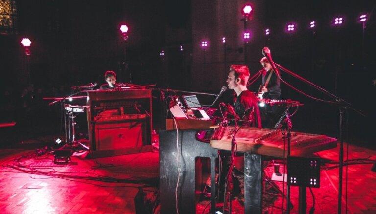 Noklausies - grupa 'Instrumenti' piedāvā jaunu radio singlu 'A Letter to Joselyn'!