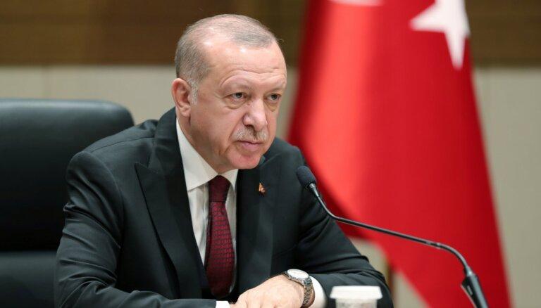 Erdogans vēlas konkrētu atbalstu no NATO cīņā pret Sīrijas konflikta radītajiem draudiem