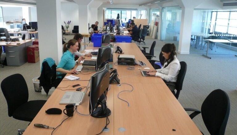 2019. gada 3. ceturksnī bijuši nodarbināti 65,6% Latvijas iedzīvotāju