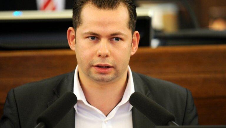 ПБ: сюжет о выдворении Холостова - часть российской информационной войны