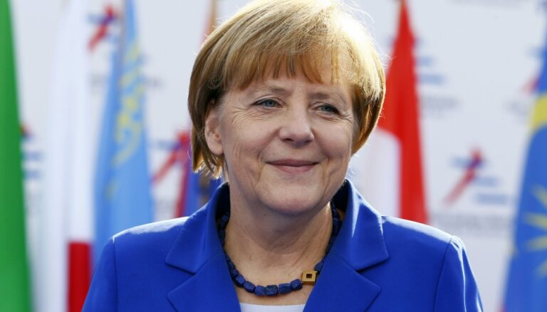 Меркель: согласование программы МВФ поможет украинской экономике