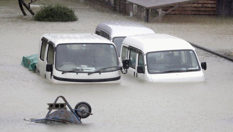 Foto: Japānu sasniedz taifūns 'Hagibis'