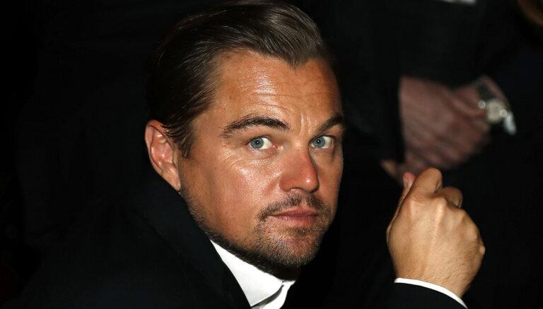"""ФОТО: Леонардо Ди Каприо впервые за 15 лет пришел на """"Оскар"""" с девушкой"""