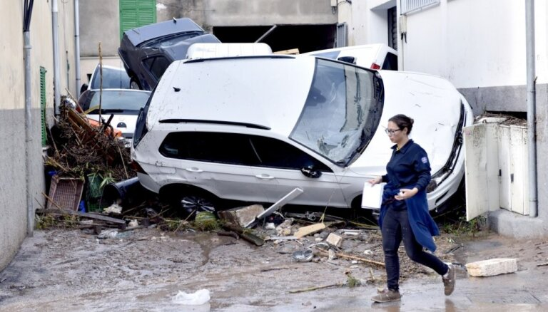 Foto: Plūdos Maljorkā deviņi cilvēki gājuši bojā