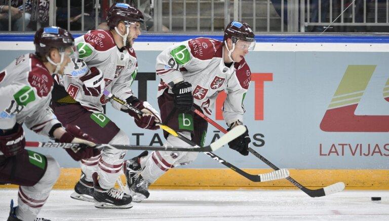 Сборная Латвии по хоккею уступила в первом контрольном матче в Швейцарии