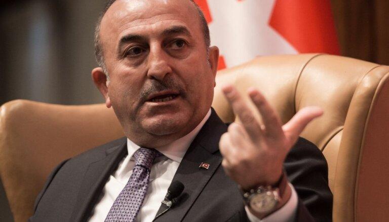 Tramps strādā pie Gilena izdošanas, paziņojis Turcijas ārlietu ministrs