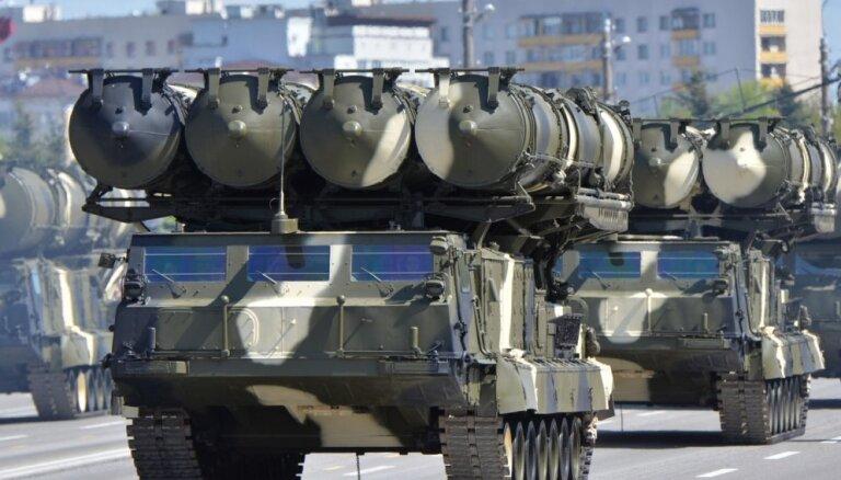 Krievija ir gatava piegādāt Irānai zenītraķešu sistēmas 'S-300'