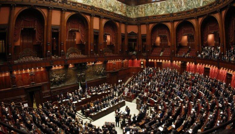 Сенат Италии рассмотрит резолюцию об отмене санкций против России