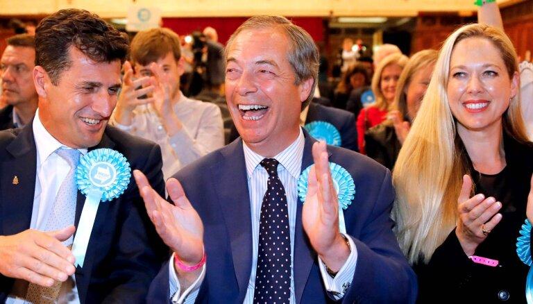 EP vēlēšanās Lielbritānijā triumfē Farāža 'Brexit partija'