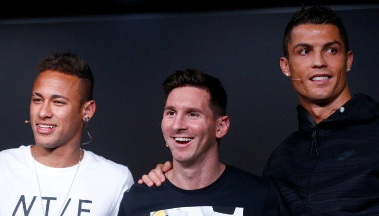 Vairāk par 100 miljoniem sezonā – Mesi un Ronaldu pārliecinoši pelnošākie futbolisti