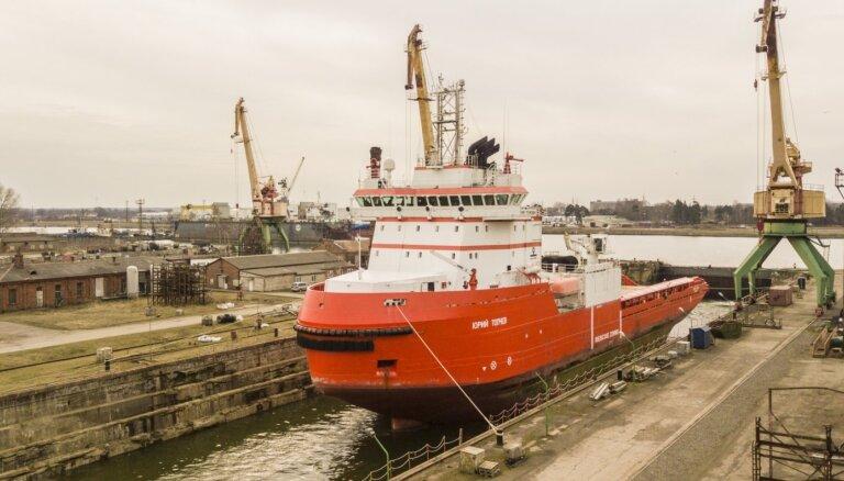 Krievijas kuģis 'Yury Topchev' atstājis Liepājas ostu