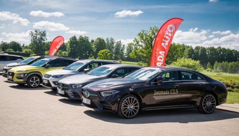 Video: Turaidā izmēģina pirmos 11 'Latvijas Gada auto 2019' konkursam pieteiktos auto