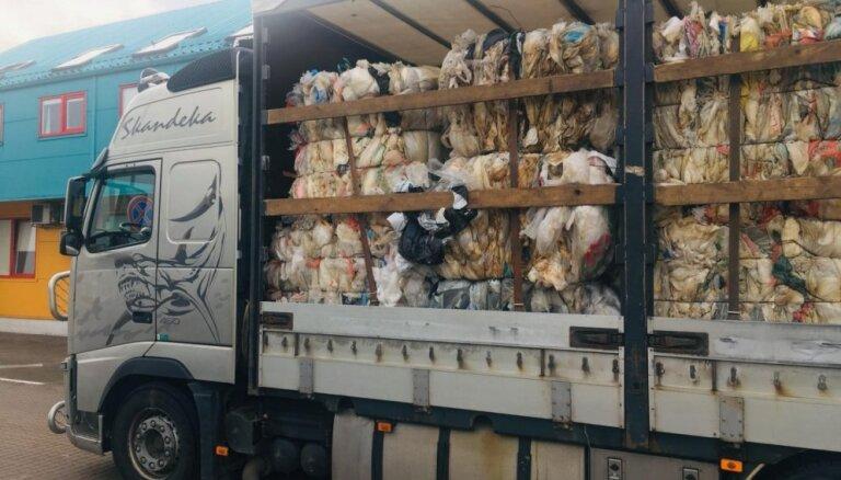 VVD apturējis vairāk nekā 22,82 tonnu plastmasas atkritumu nelegālu ievešanu Latvijā