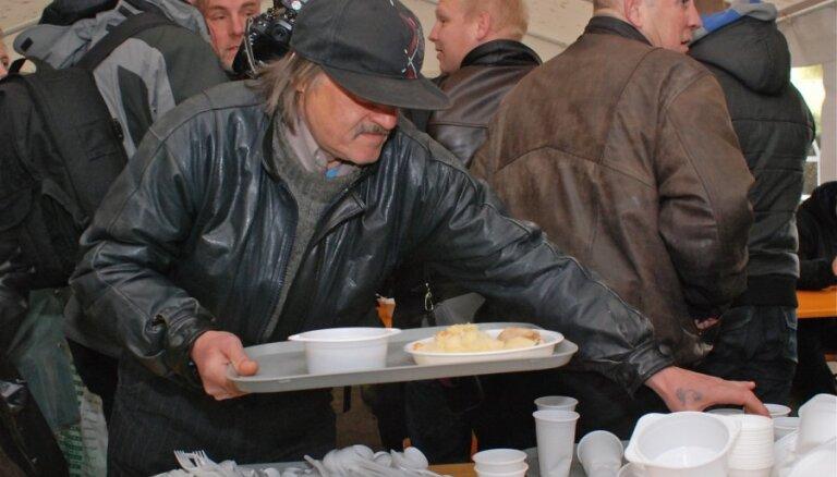 На обеспечение питания нуждающимся и малообеспеченным рижанам будет выделено 1,78 млн евро