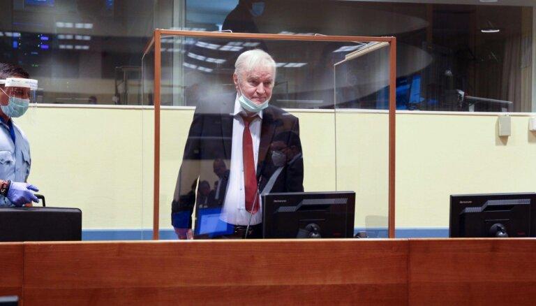 Bijušais Bosnijas serbu komandieris Mladičs nodēvē ANO tiesu par 'NATO bērnu'