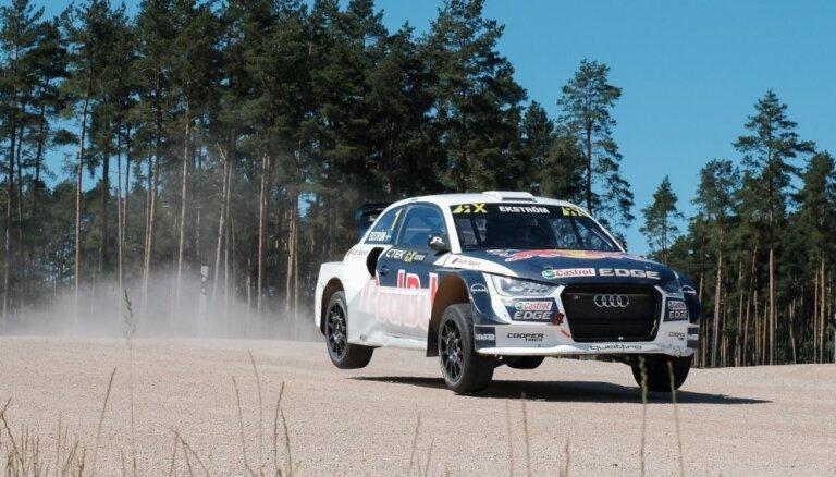 Video: Nitišs izrāda savu jaudīgo 'World RX' automašīnu
