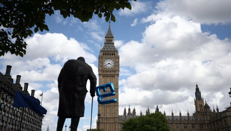 Lielbritānijai jāizmanto 'Brexit' savas ietekmes palielināšanai pasaulē, pārliecināts ministrs