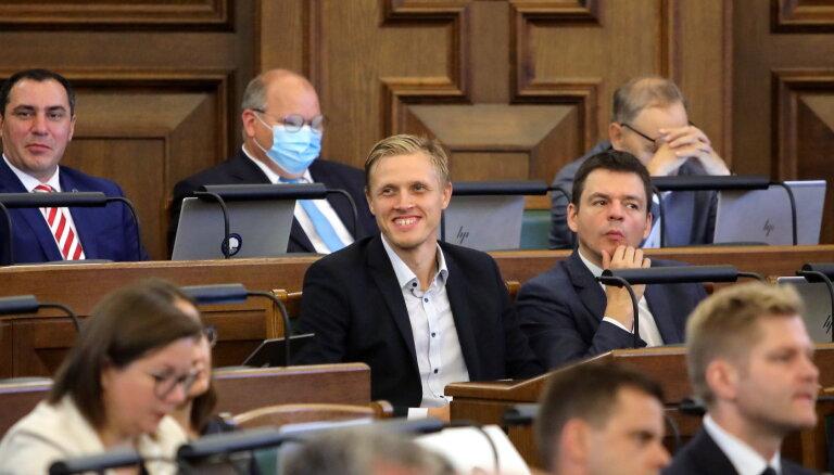 Предвыборная агитация — только на латышском: Сейм направил идею на рассмотрение