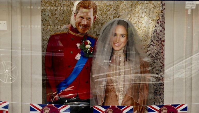 Lielākajai daļai britu karaliskās kāzas ir vienaldzīgas, liecina aptauja