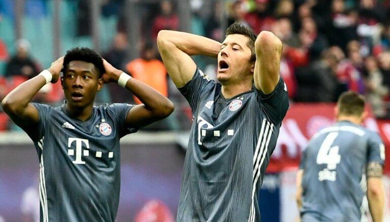 'Bayern' nespēj gūt uzvaru - Vācijas bundeslīgas čempions noskaidrosies pēdējā kārtā
