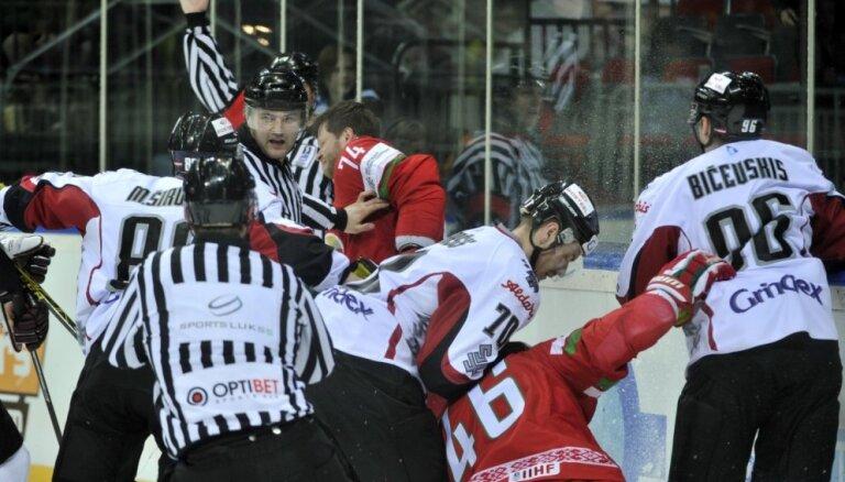 Латвия взяла реванш у Беларуси, Масальский поучаствовал в массовой драке