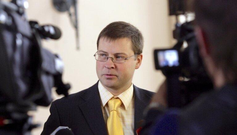 Эксперты: Валдис Домбровскис — вне конкуренции