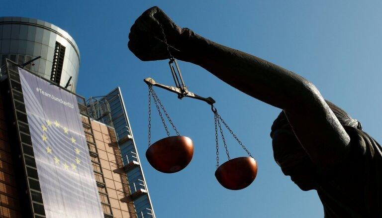 ES Tiesa: Polija pārkāpusi ES tiesību normas, pazeminot tiesnešu pensionēšanas vecumu