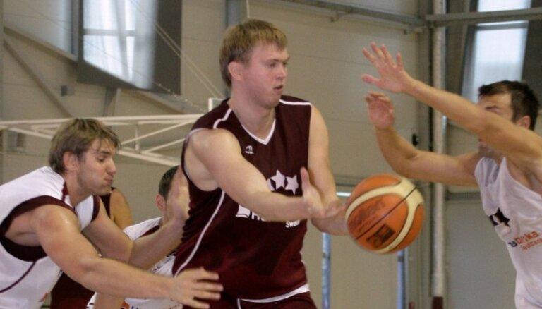 Raitis Grafs pievienojas 'VEF Rīga' sistēmai un strādās ar jaunajiem basketbolistiem