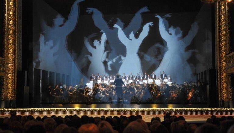 Foto: Izskanējuši spožie Galā koncerti 'Mūsu operai 100'