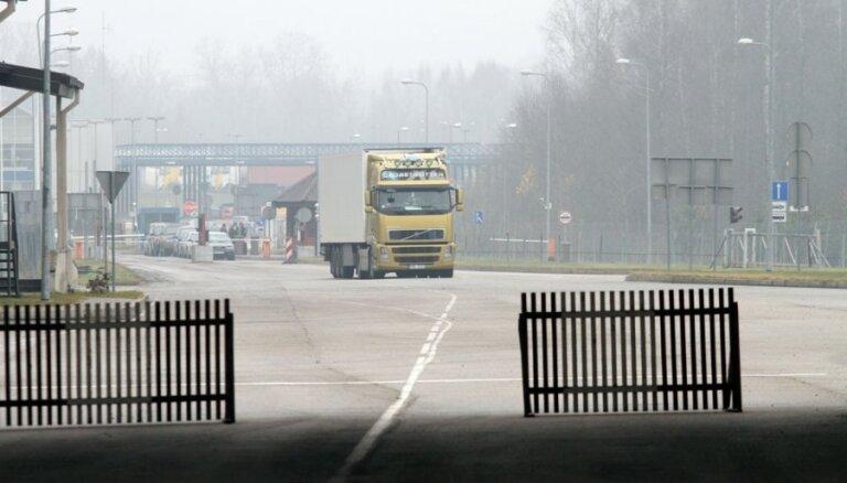 Очередь грузовиков в Терехово уменьшается; в Гребнево очереди нет
