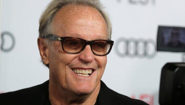 79 gadu vecumā miris filmas 'Bezrūpīgais braucējs' zvaigzne Pīters Fonda