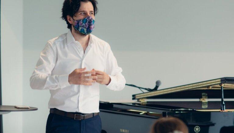 Sāksies pianista Andreja Osokina rīkotais 'Brīvības festivāls'
