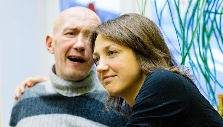 'Stiprini stipros' saziedoti 58 tūkstoši; Rolanda Ūdra ģimenes atbalstam trūkst 2800 eiro