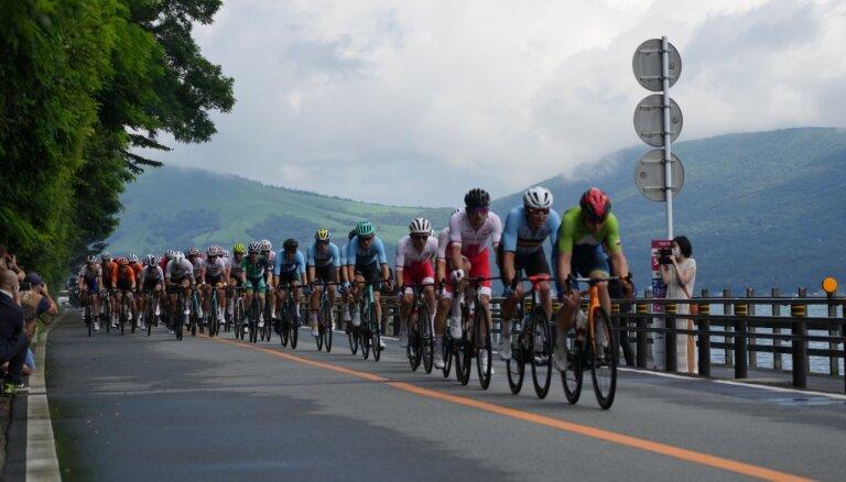 Par rasistiskiem izteikumiem no Tokijas mājās aizsūtīts Vācijas riteņbraucēju komandas pārstāvis