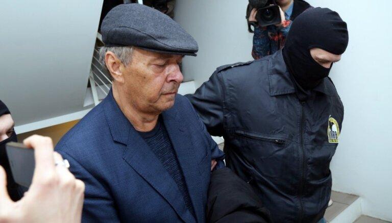 No apcietinājuma atbrīvots 'Rīgas satiksmes' kukuļošanā aizdomās turētais Krjačeks