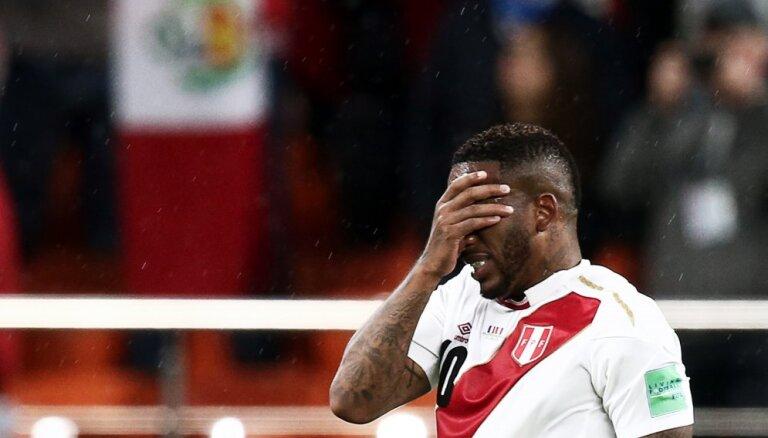 Нападающий сборной Перу впал в кому после полученной на тренировке травмы