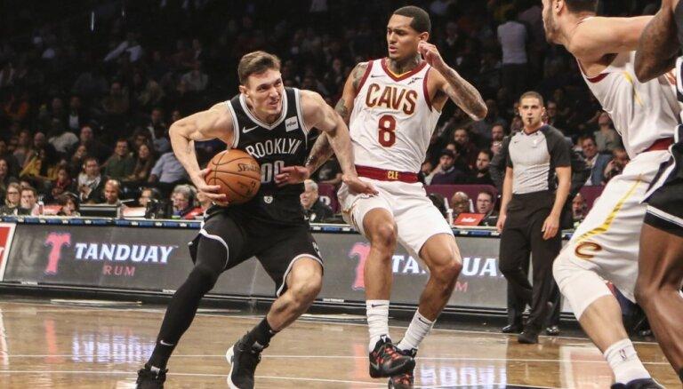 Kurucs paliek bez punktiem 'Nets' uzvarā pār 'Knicks'