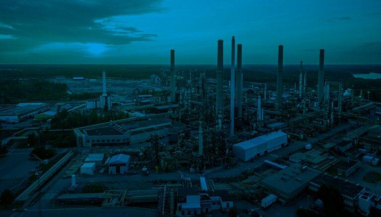 Kā 'Neste' degviela mēro ceļu no rūpnīcas Somijā līdz uzpildes stacijām Latvijā