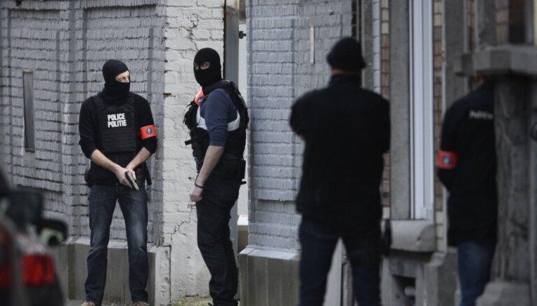 В Брюсселе задержаны семь человек: двое попали на камеры наблюдения во время терактов