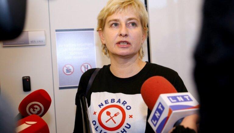 Strīķe: Sudraba un prokurors Leja komisijas sēdē uzvedās kā 'oligarhu mafijas turpinājums'