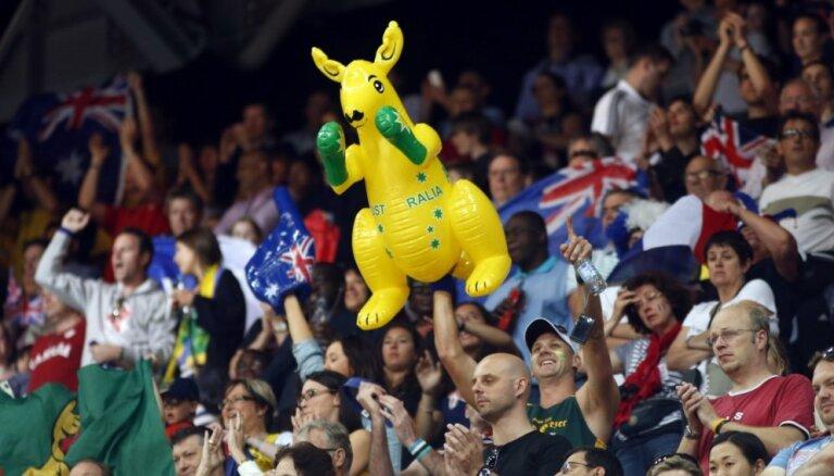 Austrālijas futbolisti pēc uzvaras papildlaikā pirmoreiz triumfē Āzijas kausa izcīņā