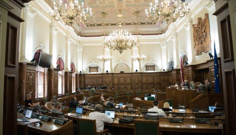 Saeima vērtēs divus likumprojektus par kadastrālo vērtību iesaldēšanu